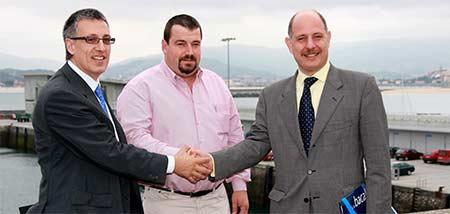 imagen del encuentro con los pescadores en Hondarribia