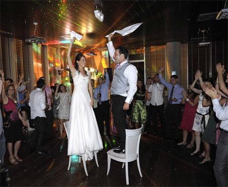 Enlace Raúl & Ana: Gaztañaga jatetxea