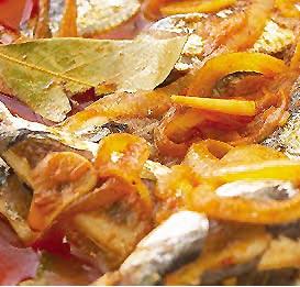 Sardinhas de escabeche (sardinas en escabeche)